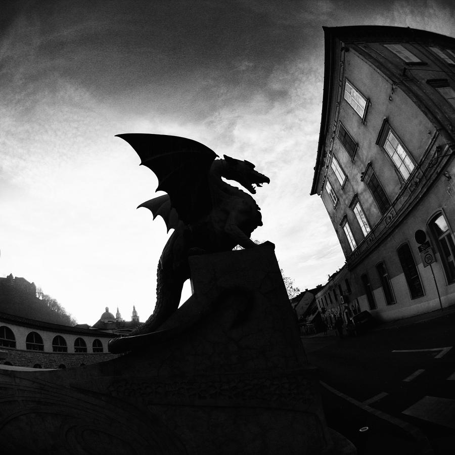 IMG_1198_a_cube_Ljubljana